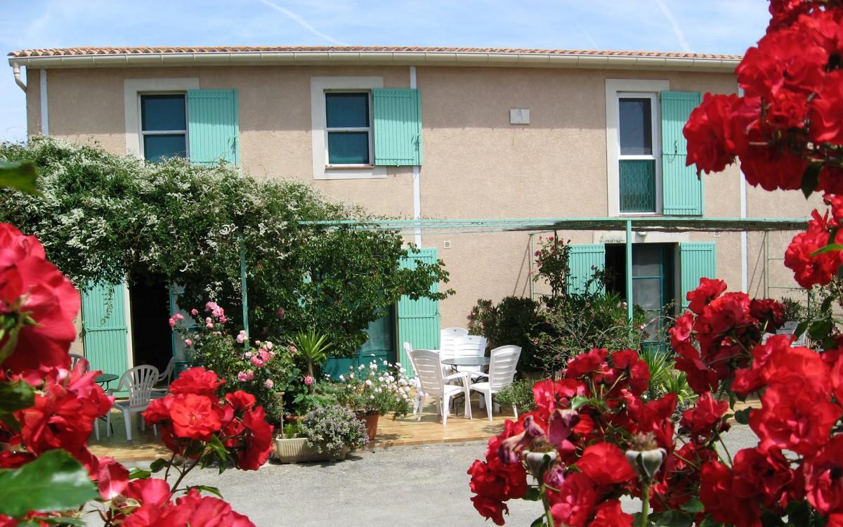 Casas rurales y Apartamentos amueblados