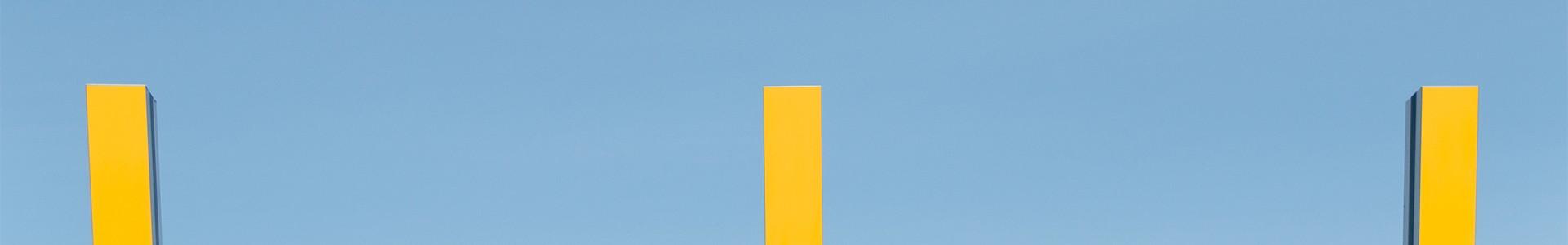 La grande diagonale de Daniel Buren  à Istres