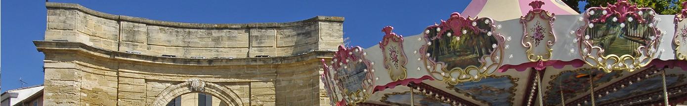 porte-d-arles-et-manege-baniere-1445