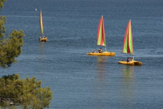 Activités nautiques sur l'étang de Berre