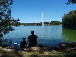 L'étang de l'Olivier et son jet d'eau