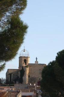 Le centre ancien d'Istres église Notre Dame de Beauvoir