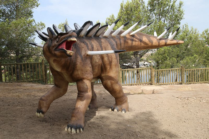 16-kentrosaurus-2269