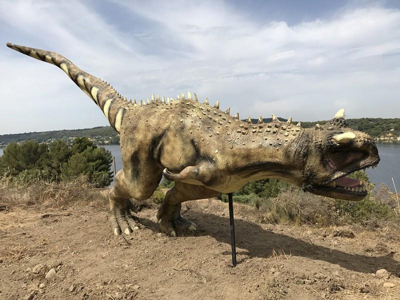 22-carnotaurus-2274