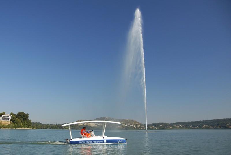 Navigation sur l'étang de l'Olivier Istres