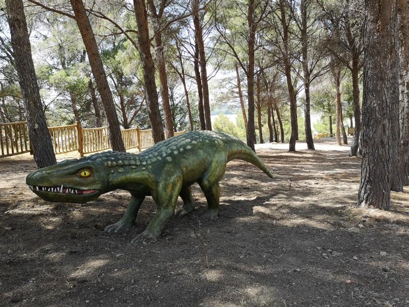 baurusuchus-patio-2393