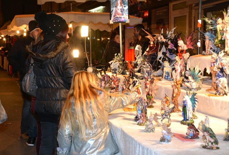 Création artisanale sur le marché de Noël d'Istres