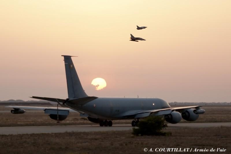 Istres ville aéronautique BA 125
