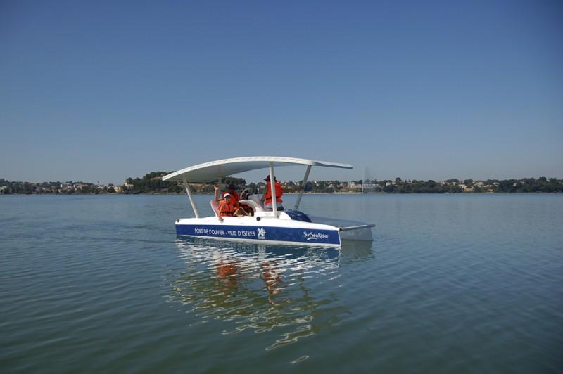 Les bateaux solaires du port de l'Olivier