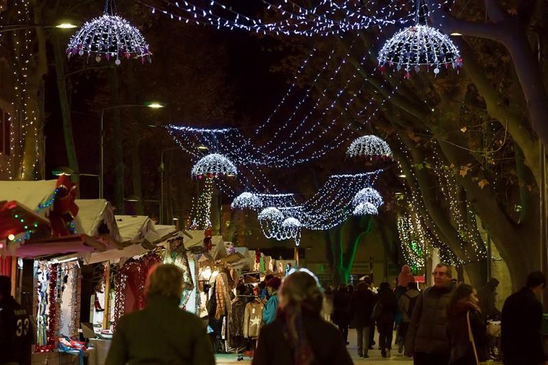Village de Noël sur les allées Jean Jaurès