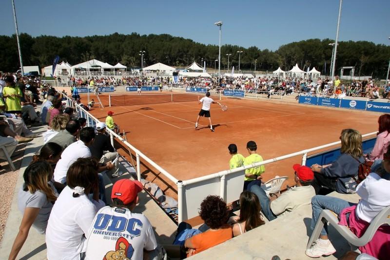 Tennis sur la plaine des sports René Davini