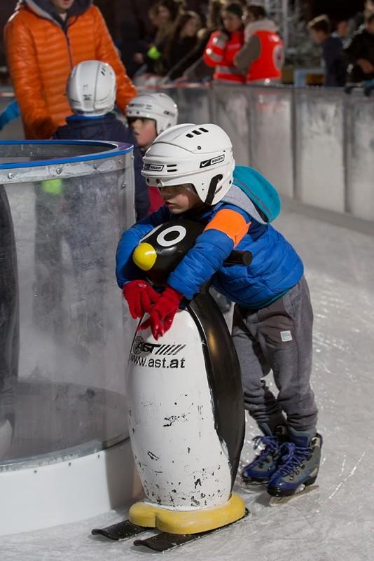 Un espace patinoire dédié pour les plus petits