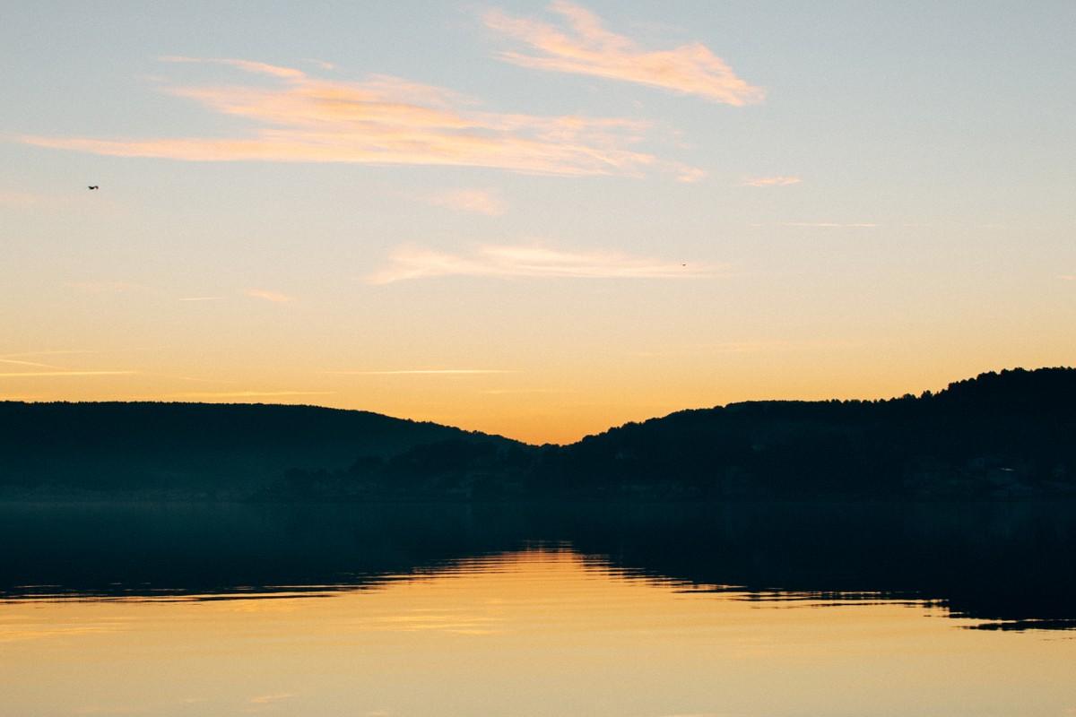 Lever de soleil sur l'étang de Berre
