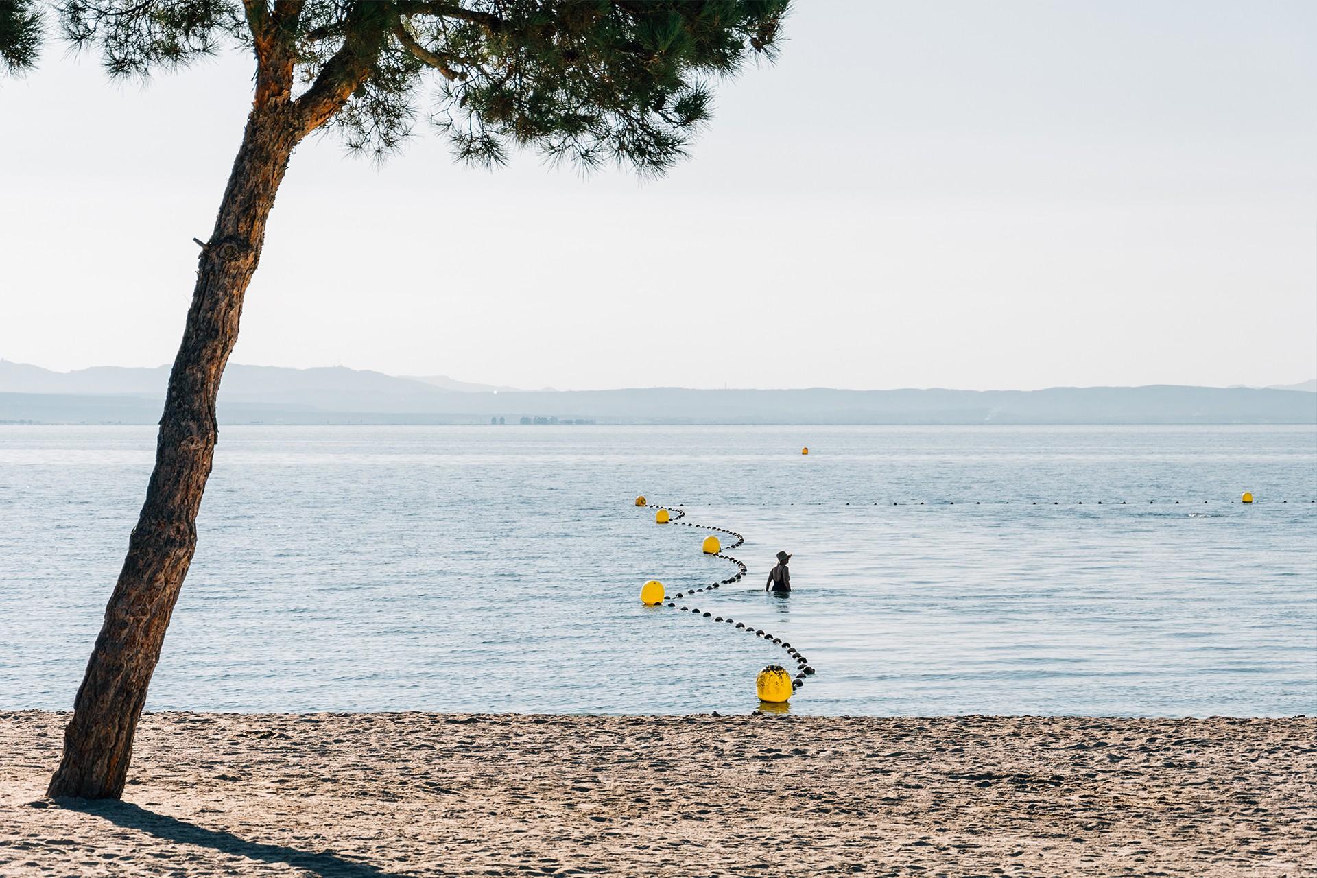 Baignade sur les plages d'Istres